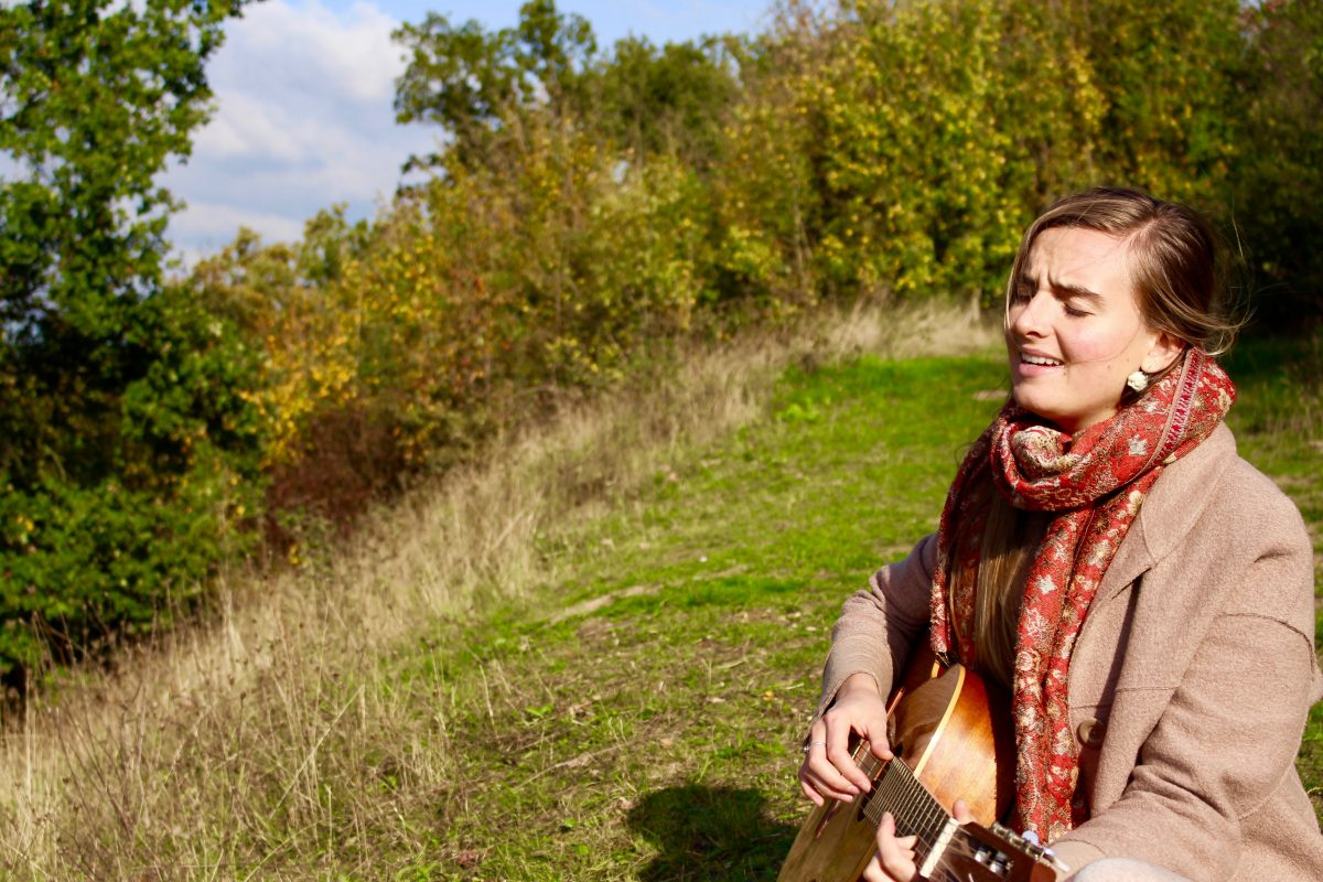 Jeska Onderwater BIO singing